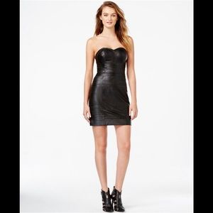 🖤❤️ GUESS Strapless faux leather bodycon dress